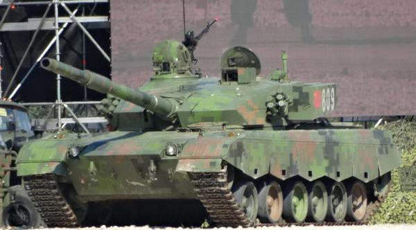 在俄罗斯坦克两项赛上亮相的96A坦克