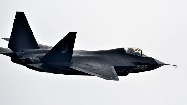 J31航展飞行图片
